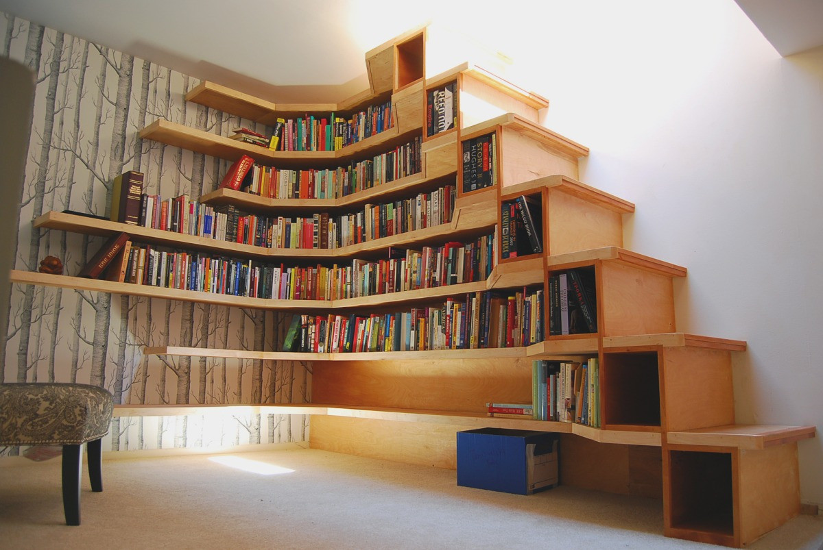 stepping up bookshelf storage ideas